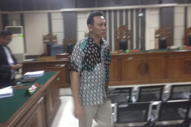 Bupati Kebumen Nonaktif Dituntut 5 Tahun Penjara dan Dicabut Hak Politiknya, Permohonan 'JC' Juga Ditolak