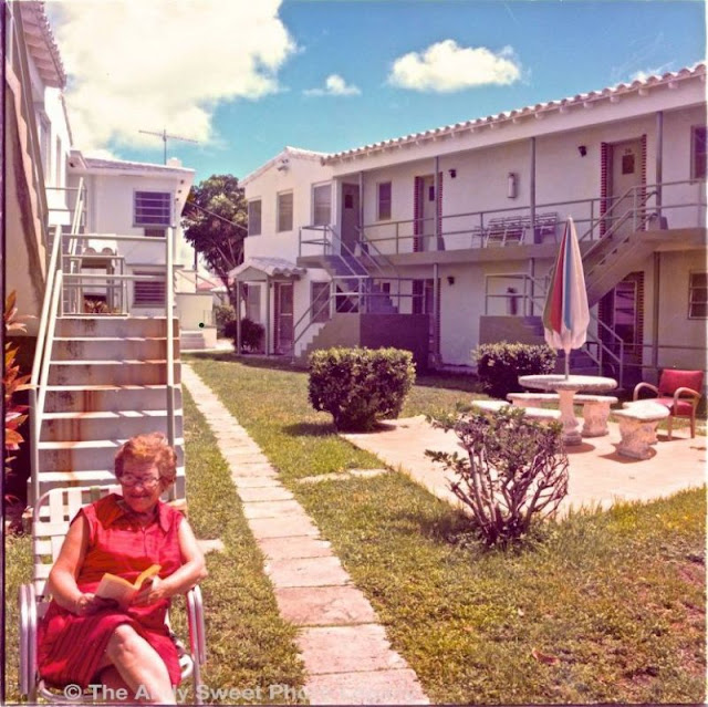 In The 1970s, Andy Sweet Photographed The Kitschy Vibrance