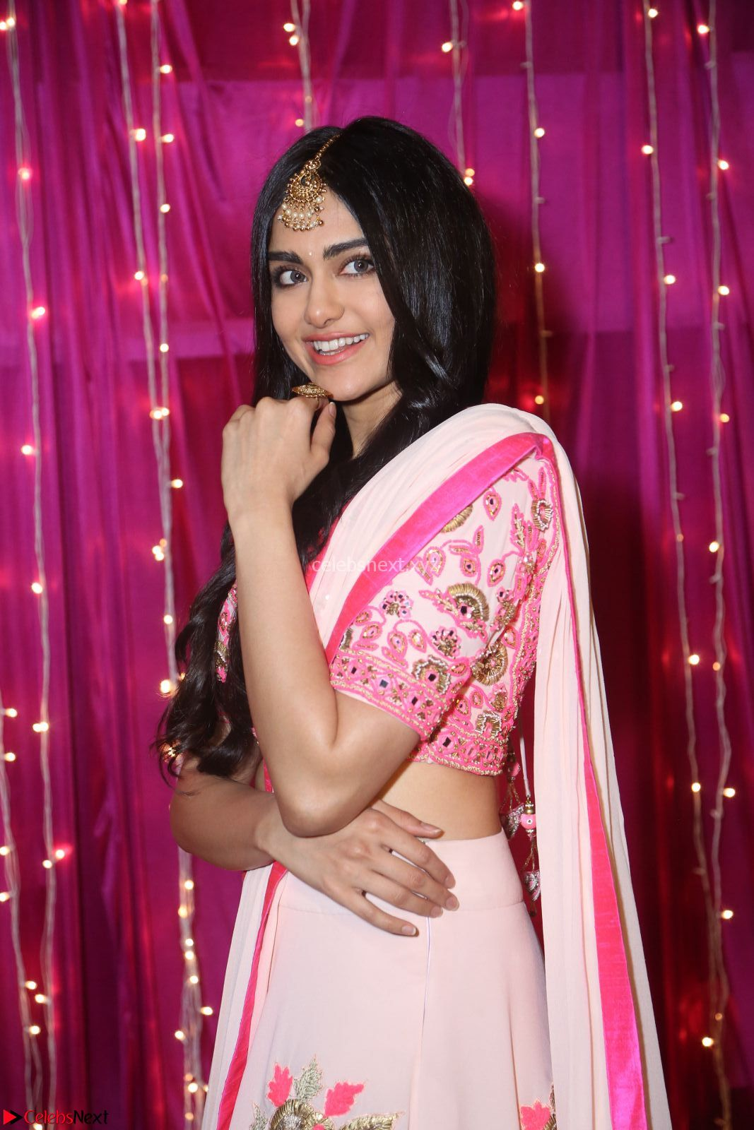 Adaa Sharma in White Pink Saree at Zee Telugu Apsara Awards 2017 01.JPG