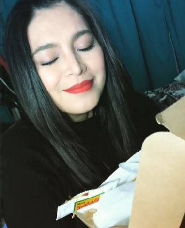 Mang Inasal Gave Angel Locsin A Little Treat On Her Final Shoot Of La Luna Sangre