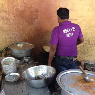 chhole bhature (छोले भटूरे) in preparazione