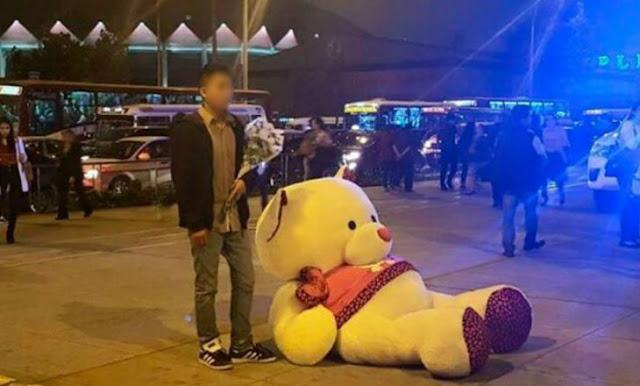 #Friendzone: esperó a su cita por horas con un enorme oso