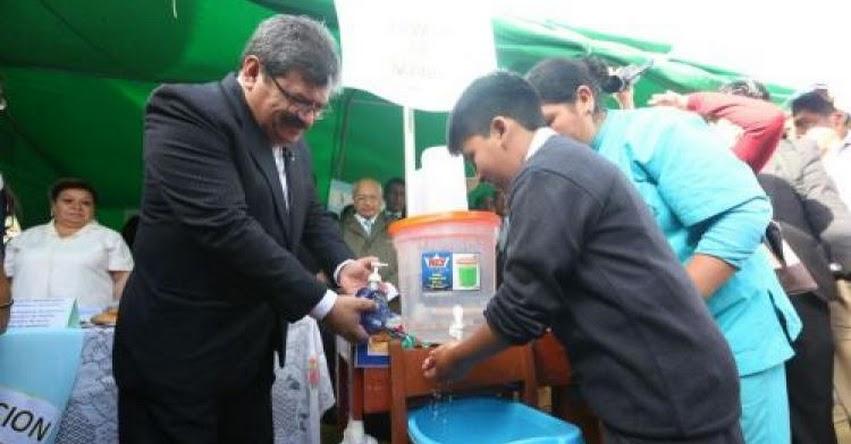 Los hábitos saludables ayudarán a reducir enfermedades diarreicas, afirma Henry Rebaza, viceministro del Ministerio de Salud - MINSA - www.minsa.gob.pe