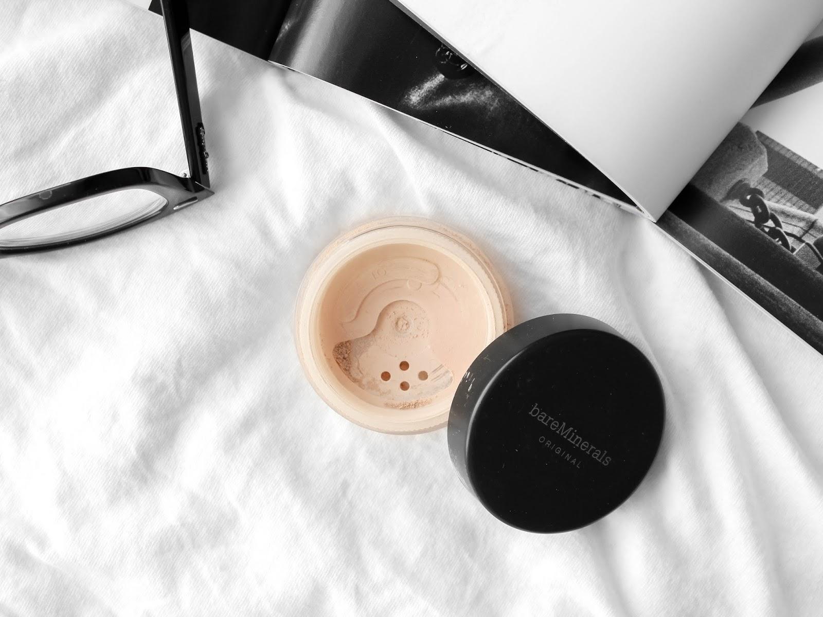 minerální makeup bareminerals