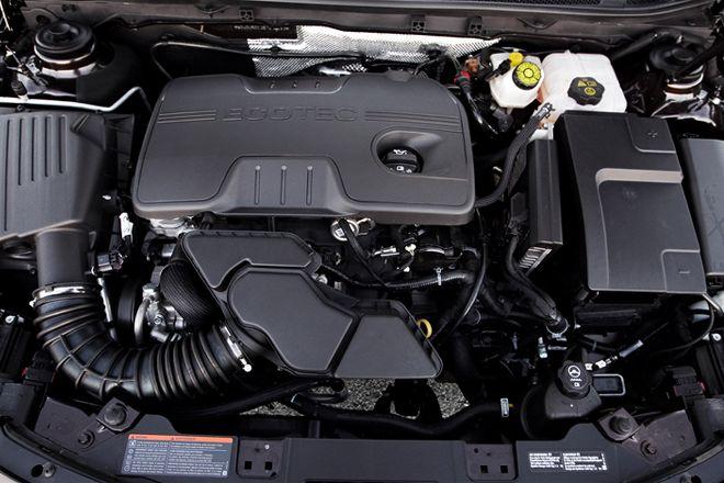 JOE THE AUTO GUY: 2011 buick regal p2135