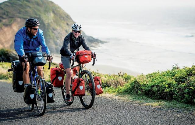 «Atlantic on Bike» une o «sol da meia-noite» da Noruega ao «mágico» pôr-do-sol de Sagres