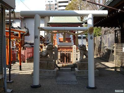 東成区中道の八阪神社玉造戎神社鳥居