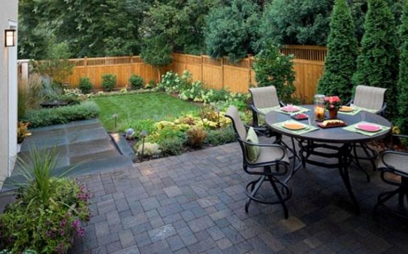 Rear garden with a minimalist concept