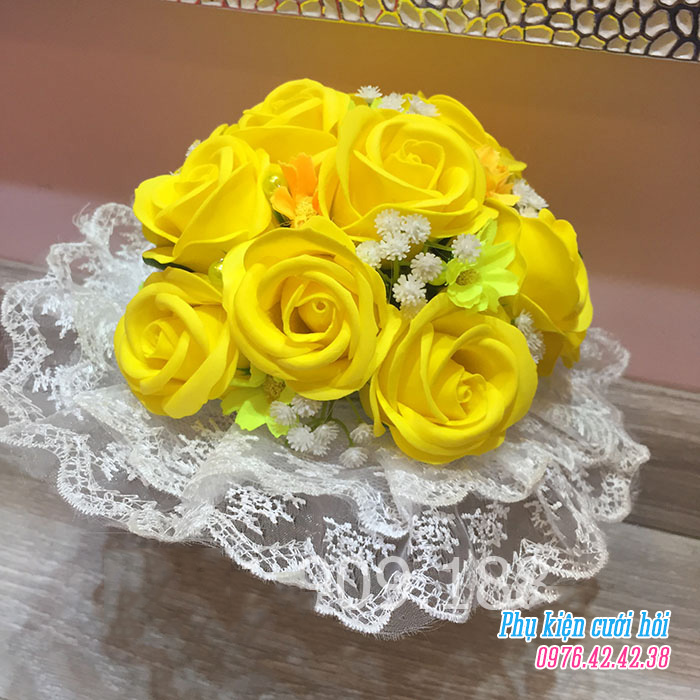 Hoa cam tay co dau HC017