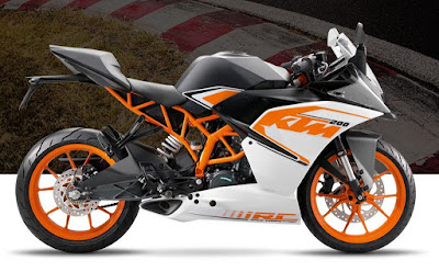KTM RC 200 side angle image