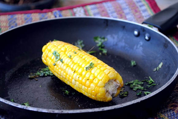 Steamed Corn with Lemon and Butter