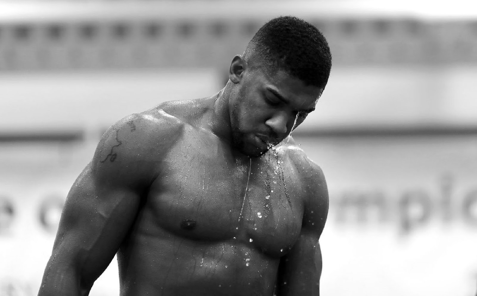 ANTHONY JOSHUA 7