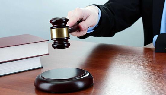 بحث التعويض عن الضرر الأدبي في الشريعة والقانون: