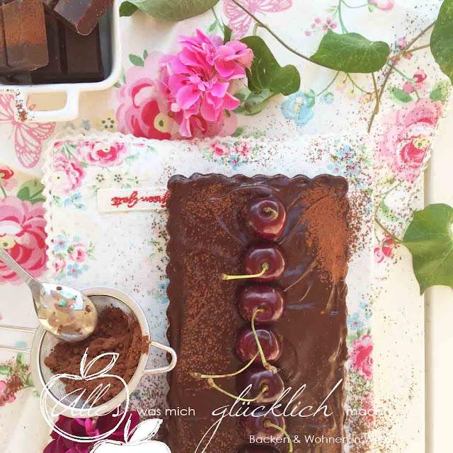 Schokoladen Mürbteig-Tarte mit Kirschen