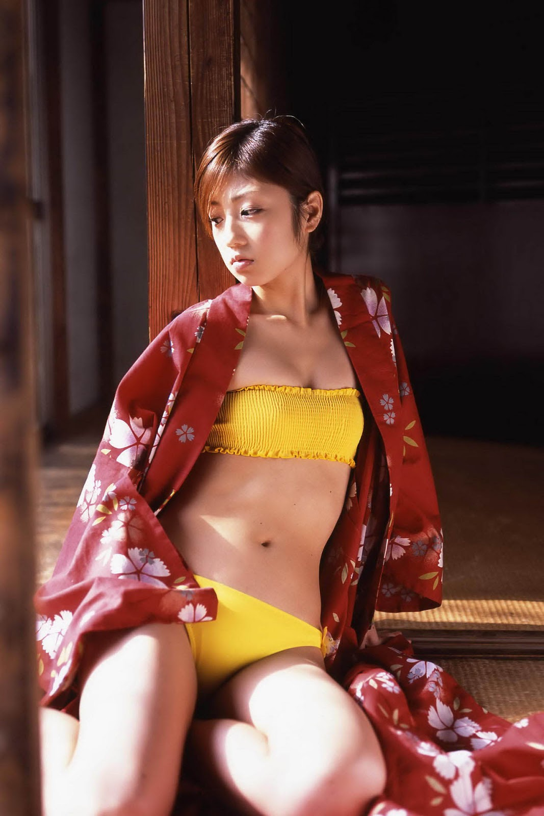 yuko ogura sexy bikini pics 01