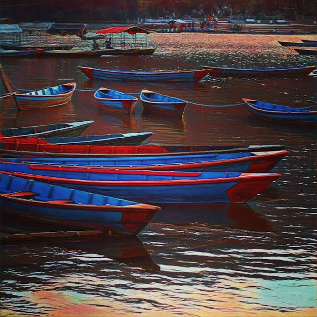Phewa lake_pokhara_Nepal_Boat_phewa lake view_prisma