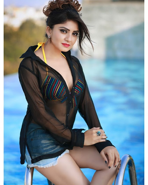 Karunya Ram - Kannada Hot Celebrity Photos