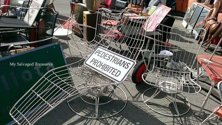 vintage metal lounge chairs