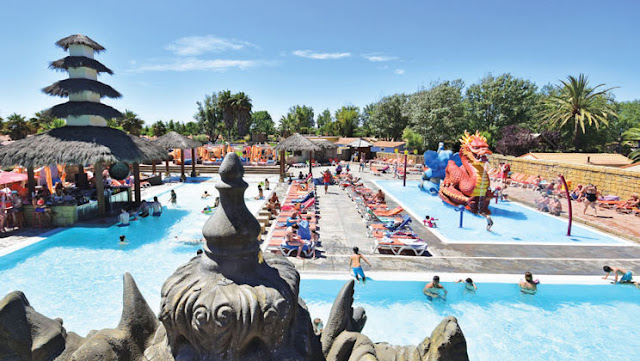 pool club farret camping