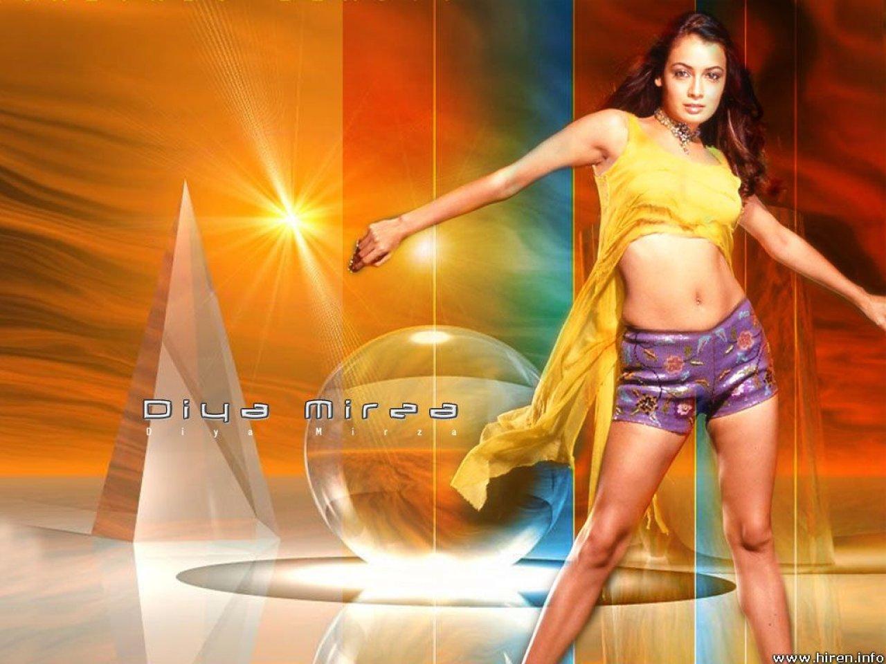 Pixwallpaper - Wallpaper Directory  Hot Wallpaper Of Bollywood Actress -3903