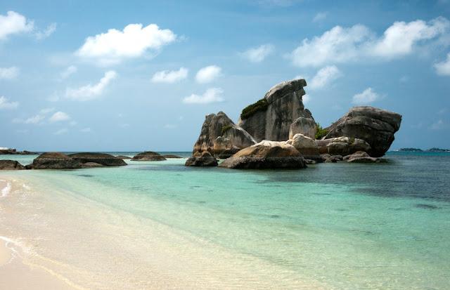 Belitung, liburan ke belitung, laskar pelangi, andrea hirata