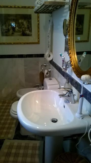 bagno 1 della villa a mozzo via mozzi