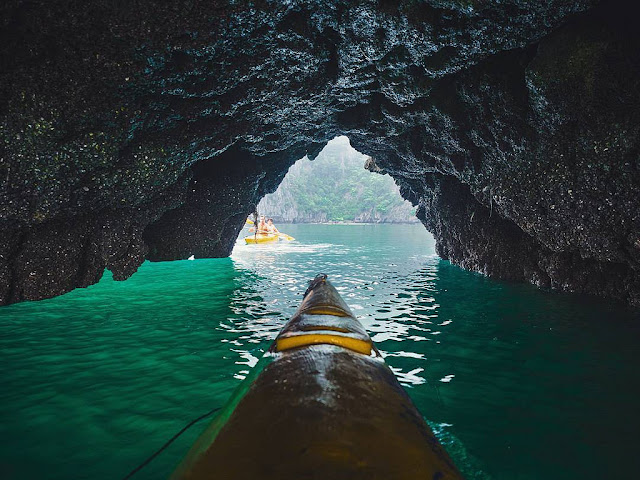 Learn about the forms of of kayaking  in Vietnam