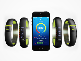 Nike+Fuelband SE Fitness Tracker