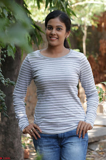 Actress Chandini in ed Tight Top at Ennodu Yilayadu tamil movie press meet ~  44.jpg