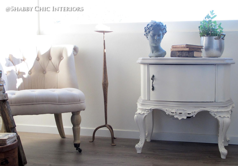 gallery of il comodino uno di quei mobili che preferisco restaurare innanzi tutto molto