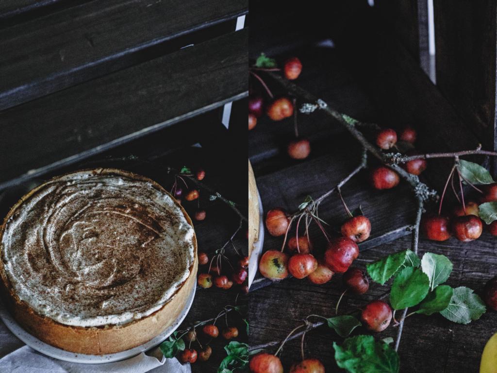 Die Torte von oben und Dekoration