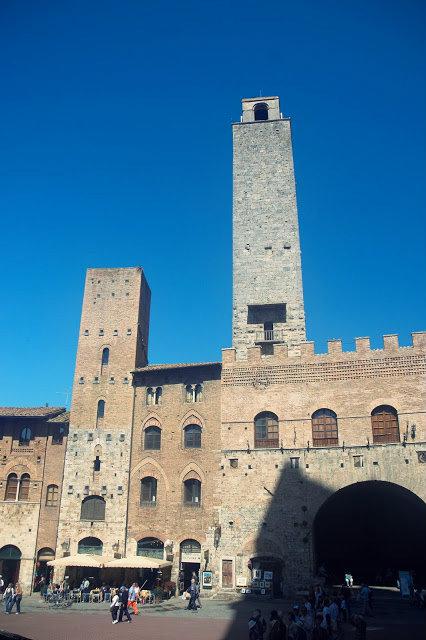 ścisłe centrum San Gimignano