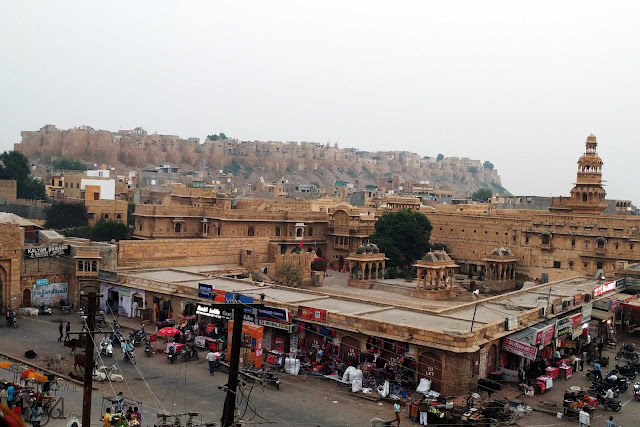 Amazing view of Jaisalmer fort & Mandir Palace from the Golden roof restaurant