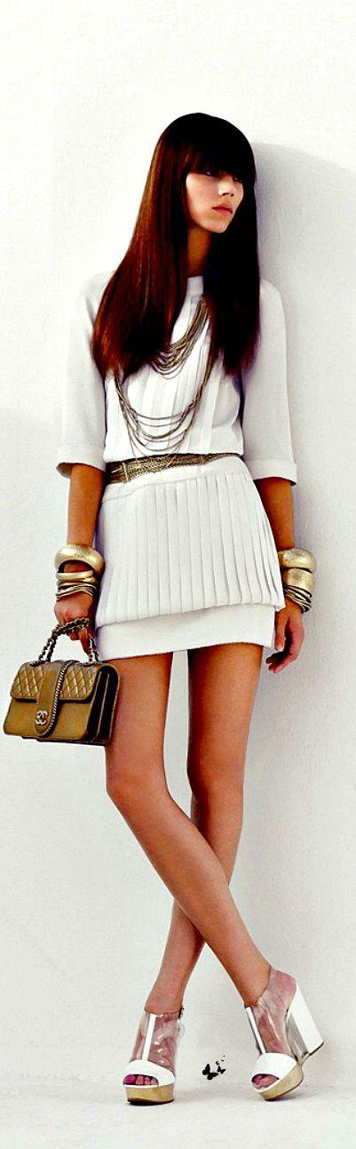 Look do dia em branco da Chanel