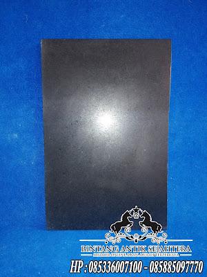 Lantai granit black nerro
