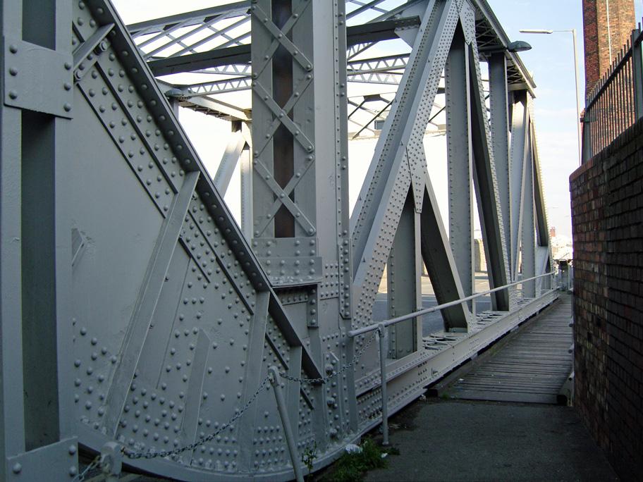 search between a metal bridge