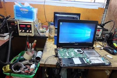 Service Laptop Asus X455L tidak tampil di layar