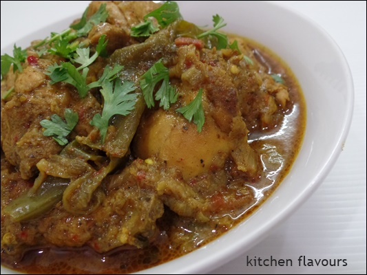 kitchen flavours: Nagore Chicken Curry