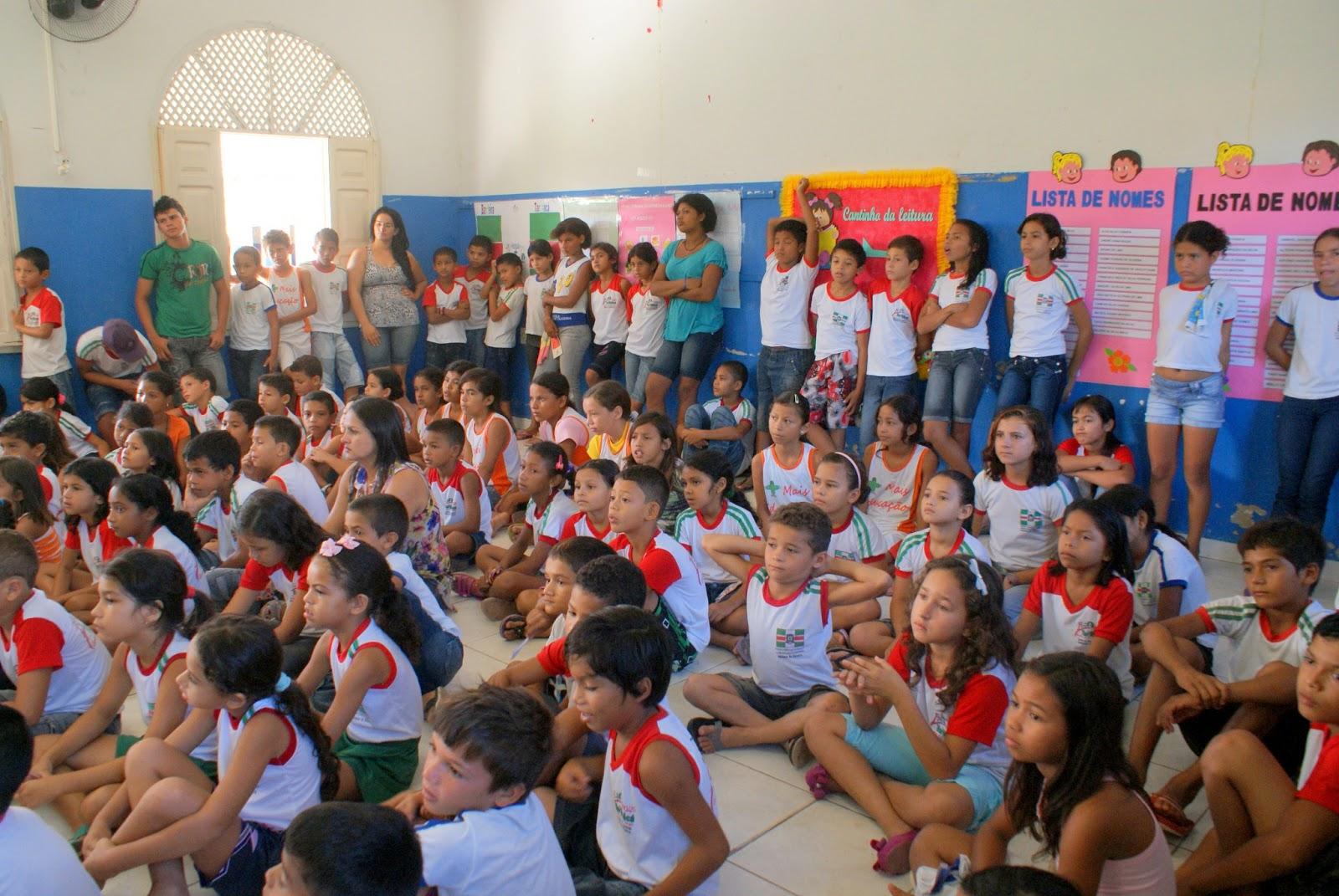 Claudione Souza Palestra Na Escola Adelmar De Oliveira
