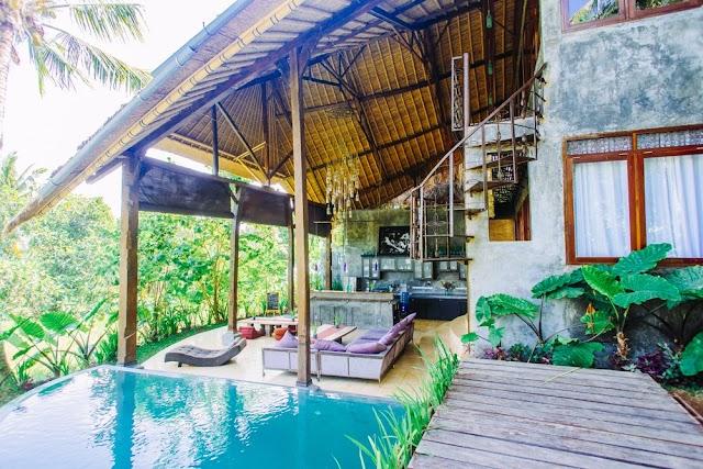 4 Hotel Unik Di Denpasar Bernuansa Alam Yang Hijau