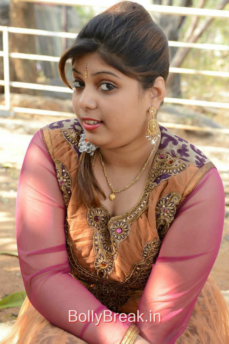 Haritha Unseen Stills, Actress Haritha Hot Pics In Churidar