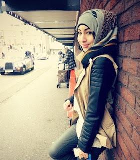 25 Style Rompi Dan Cardigan Busana Muslim Remaja Terkini
