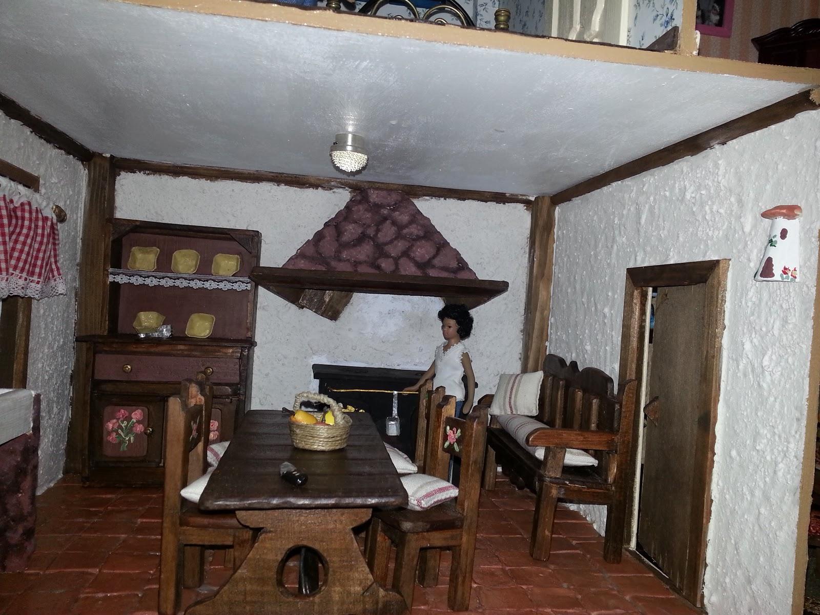 Crea construye recicla y restaura interior cocina casa de mu ecas - Casa de munecas you and me ...