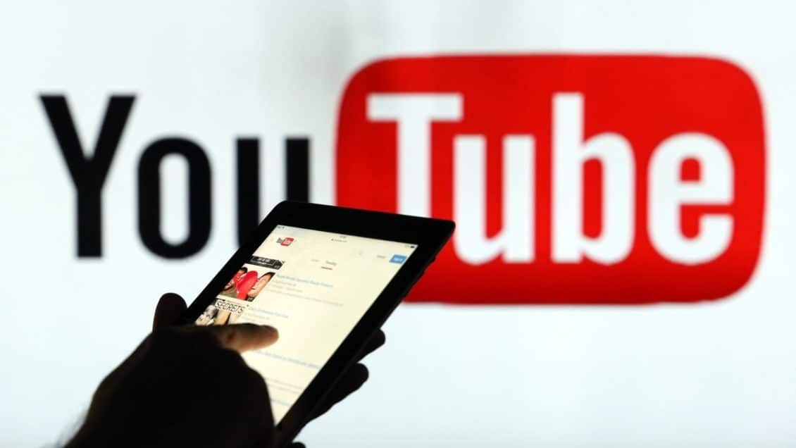 Adolescents in America prefer YouTube on Facebook