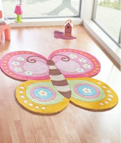 cómo decorar una habitación con mariposas
