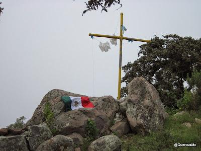 La Cruz en la cima del Cerro García - Esto es México