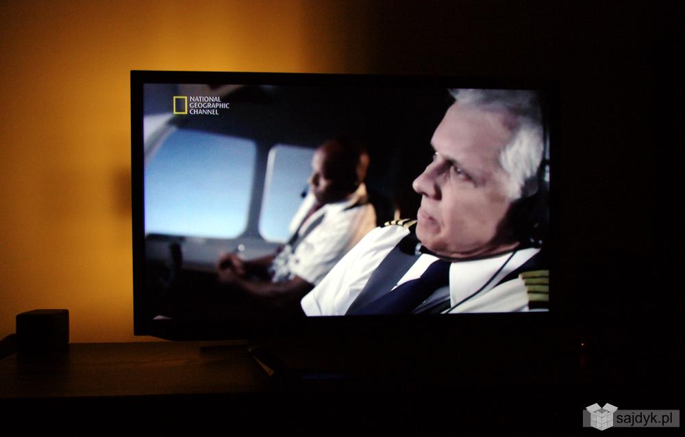 """""""Ambient light TV"""" by chińska lampeczka USB nr 7 na maksymalnym trybie :)"""