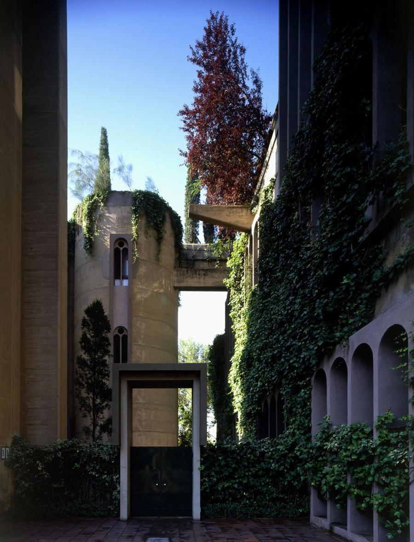 Paradis Express: Cement Factory Loft
