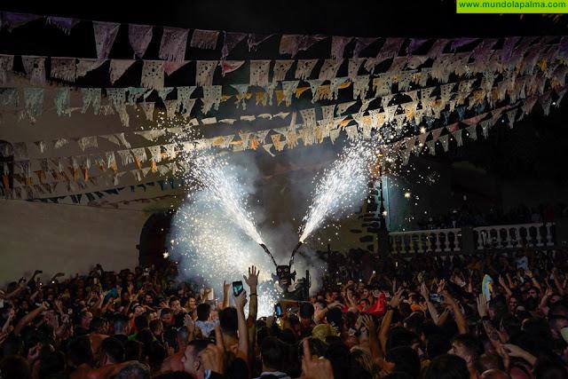 Más de 8000 personas danzaron junto al Diablo en la Plaza de Nuestra Señora de Candelaria
