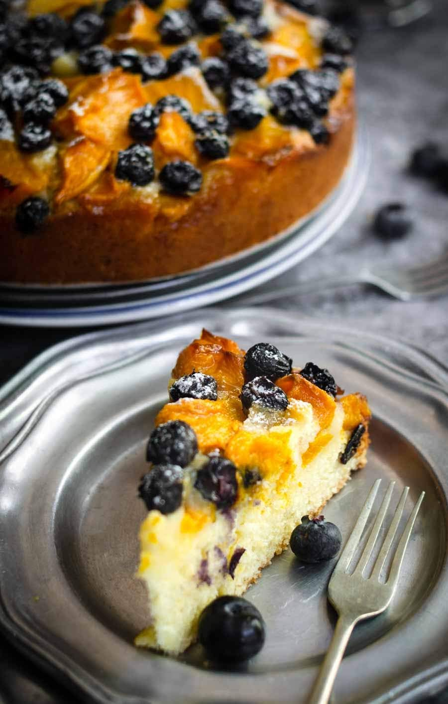 delicious Blueberries and mango pastry cake